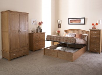 GFW Madrid 4ft6 Double Natural Oak Finish Ottoman Bed