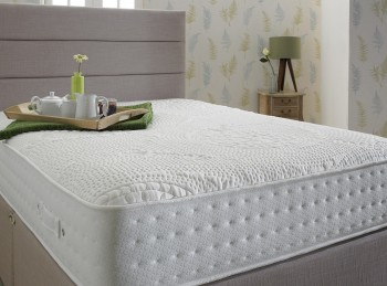 Shire Beds Eco Comfy 2ft6 Small Single 2000 Pocket Spring Mattress