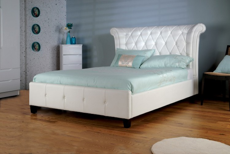 Limelight Epsilon 5ft Kingsize White Faux Leather Bed