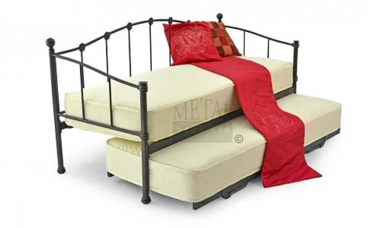 Small Single Bed : day beds sleepover beds childrens beds fun bedroom furniture fun beds ...