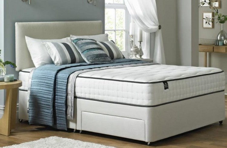 Rest Assured Latina 4ft 6 Double 1000 Pocket Springs With Memory Foam Mattress By Rest Assured