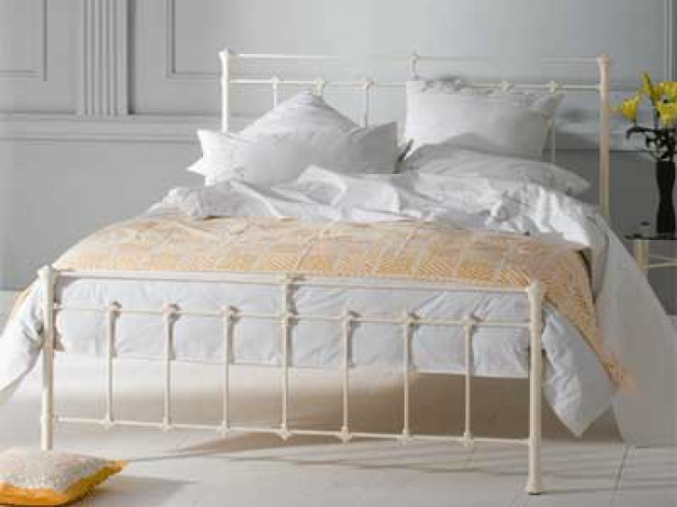 OBC Edwardian 5ft Kingsize Glossy Ivory Metal Bed Frame by Original ...