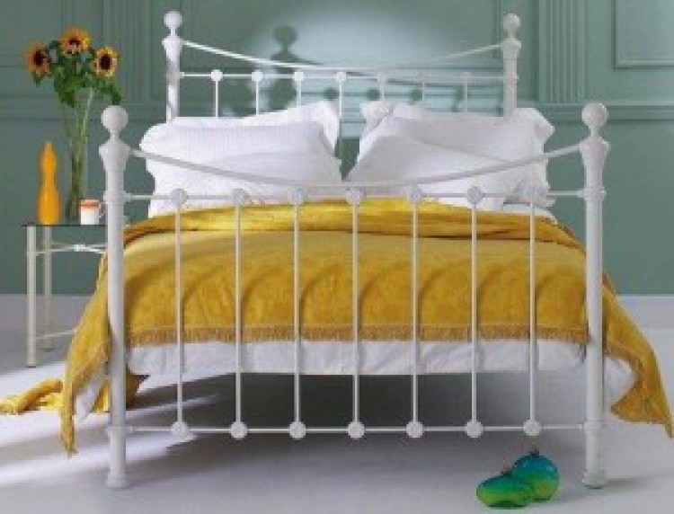 Obc Selkirk 4ft 6 Double Solo Glossy Ivory Metal Bed Frame By