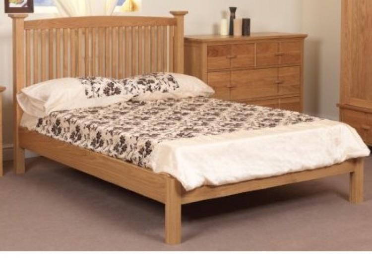 Sweet dreams wren 4ft 6 double solid oak bed frame for Dreams headboards